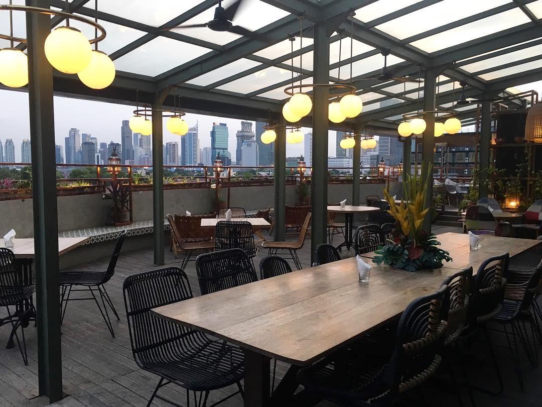 Al Jazeerah Signature Restaurant Lounge Shisha In Jakarta Chichamaps